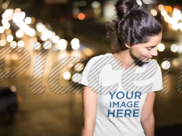 Pretty Woman Walking in City at Night Wearing a T-Shirt Video a13614