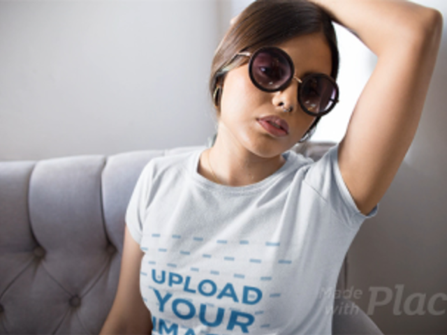 Young Girl Posing in a Couch Wearing a T-Shirt in Stop Motion a13231