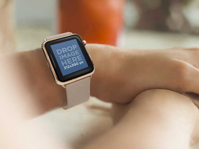 Woman Wearing a Gold and Beige Apple Watch at a Restaurant Placeit Stage Image