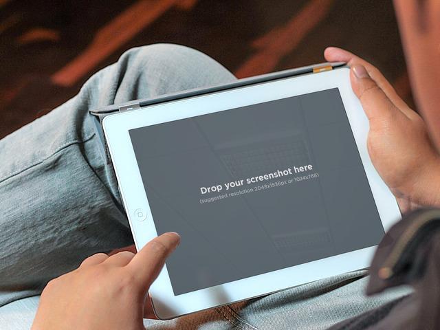 Using White iPad Home