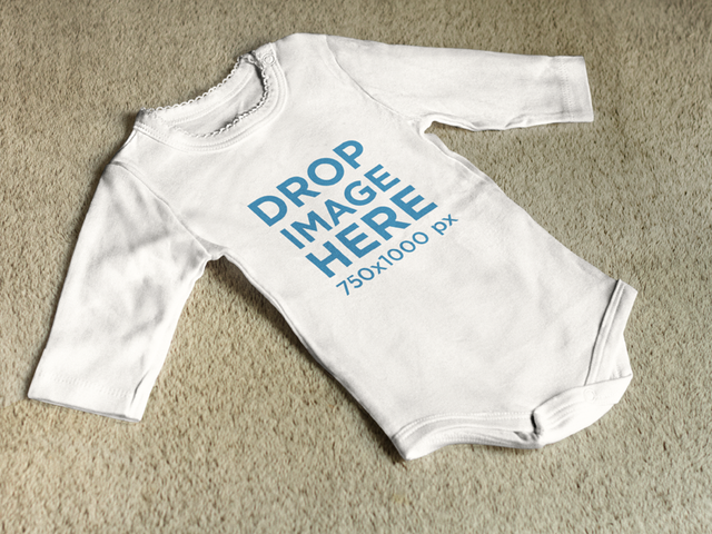 Baby Outfit Lying on a Carpet Clothing Mockup a7958