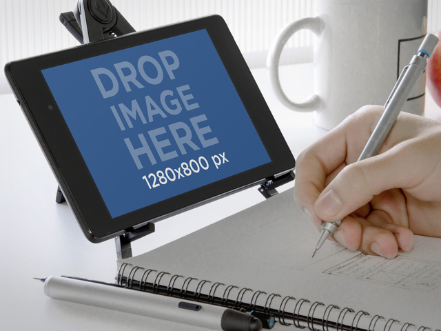 Nexus 7 Landscape Creative Work Environment