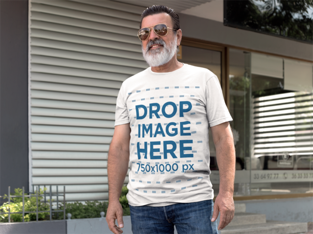 Outdoor T-Shirt Mockup of a Smiling Hispanic Senior a11312