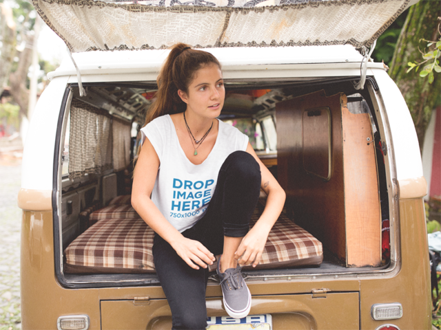 Simple Tee Mockup of a Trendy Woman on a Road Trip a11583