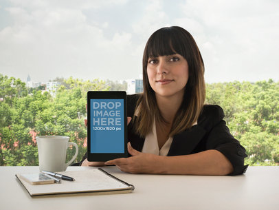Nexus 7 Front Business Woman