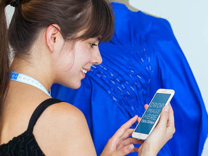 iPhone 6 Mockup Template Featuring a Young Seamstress a4630